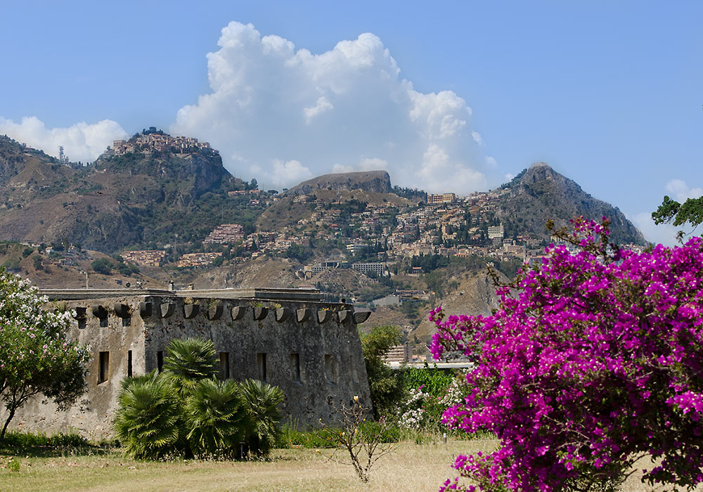 Castelmola wonders of sicily sicilia for Taormina sicilia