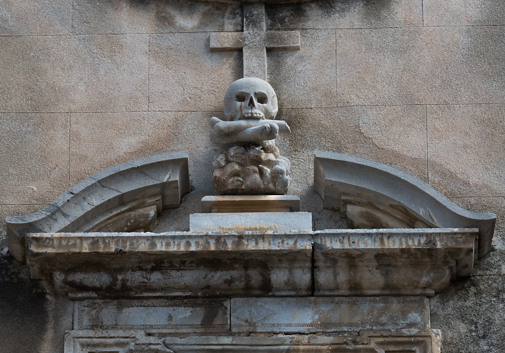 Skull on Church of the Purgatorio (Santo Stefano Promartire) in Cefalù