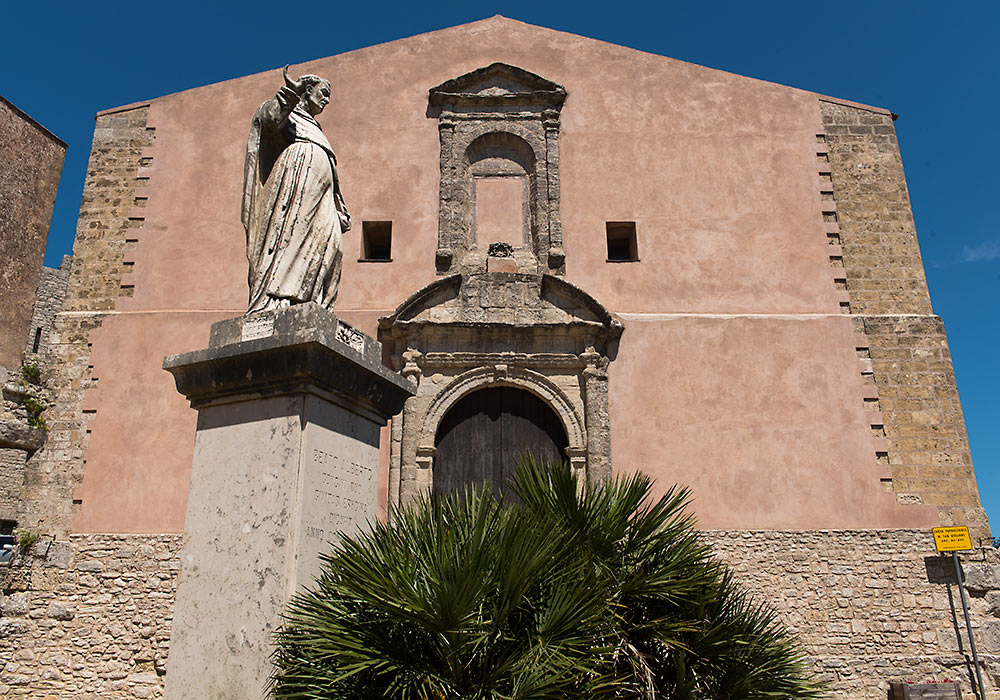 Blessed Albert (Beato Alberto) of Trapani in front of the church of San Giuliano, Erice