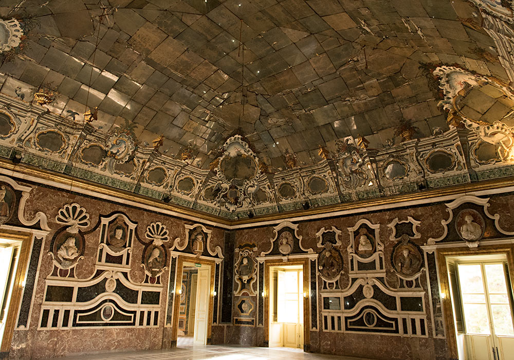 Hall of Mirrors in Villa Palagonia